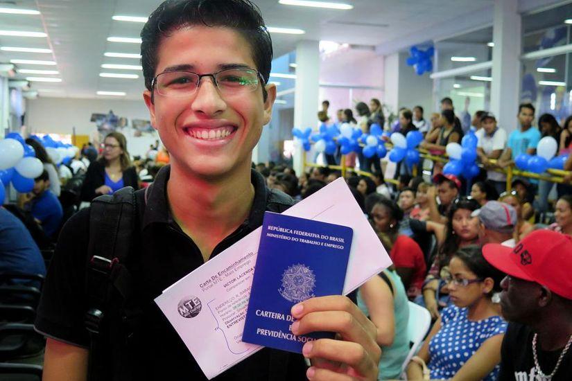 Mato Grosso oferta 1.501 vagas de emprego pelo Sine nesta semana