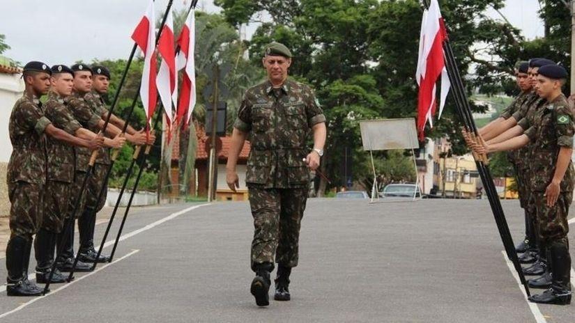 General Rêgo Barros se despede do serviço ativo do Exército