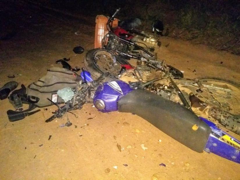 Colisão entre duas motocicletas mata ex-vereador e deixa outro gravemente ferido na MT-299
