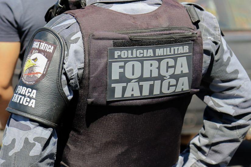Adolescente morre em confronto com a Força Tática; estava em posse de carro furtado de revendedora