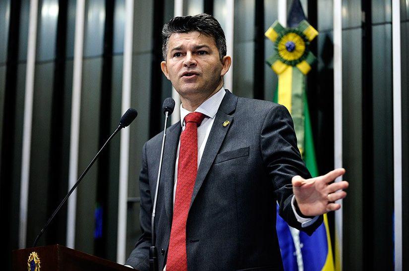 Senador José Medeiros quer tirar Venezuela do Mercosul
