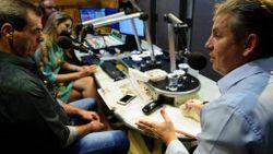 O governador Mauro Mendes, durante entrevista Imagem: Marcos Vergueiro/Secom-MT