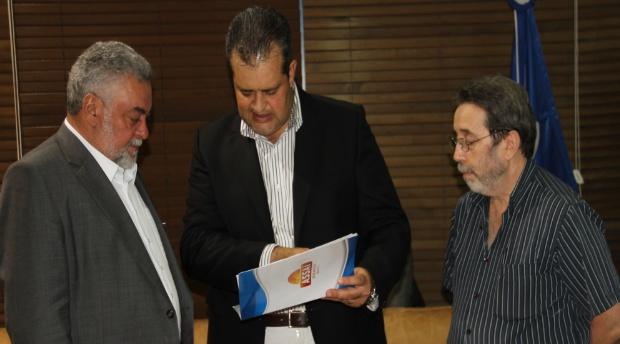 Percival Muniz e Rogério Salles conversaram com o presidente do grupo, Belmiro Gomes