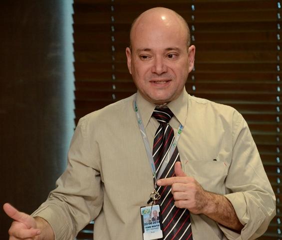 Ivan Souto, responsável pela equipe técnica da Infraero que fez a avaliação do aeroporto de Rondonópolis. Foto:Luan Dourado/GazetaMT