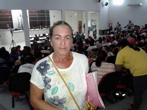 'Nós queremos ser esclarecidas sobre o que de fato acontece', disse a Agente de Saúde Vera Lúcia, representante sindical da categoria - Foto Denilson Paredes/GazetaMT