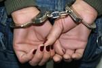 PM prende mulher por tráfico de drogas na madrugada dessa terça (12)
