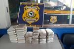 PRF apreende 31 tabletes de cocaína em Alto Garças em um Corolla