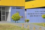 PM prende suspeito acusado de tentar furtar portão de residência