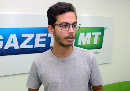 Autor de trabalho, Rafael Irineu diz que documentário traz denúncias contra produtores das margens do rio - Foto: Luan Dourado/ GazetaMT