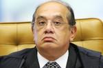 Avião com Gilmar Mendes é obrigado a retornar a Brasília