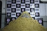 Casal é preso com quase 500 tabletes de maconha
