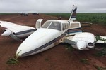 PM e PF prendem cinco e apreendem 400 kg de cocaína em avião
