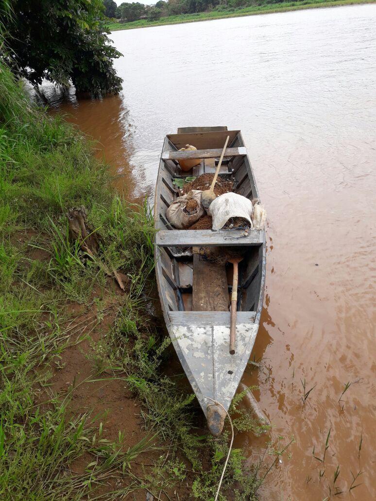 Embarcação apreendida pela polícia. Foto: divulgação PM/MT