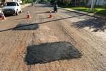 Mais dez bairros recebem tapa buracos essa semana em Rondonópolis