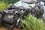 Idosa que se envolveu em acidente entre caminhonete e carreta morre em hospital