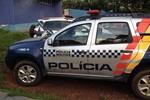 Jovem e menor são flagrados pela PM com revólver em Rondonópolis