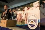 Governador Pedro Taques defende qualidade da carne de Mato Grosso