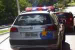 Suspeitos são presos por roubo e mandado de prisão em Pedra Preta