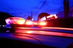 Assaltantes fazem motorista de refém e roubam carreta