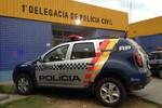 Trio é flagrado com espingarda e droga no Ipanema