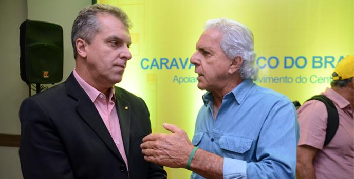 Superintendente do BB/MT com o empresário Raul Amaral, a questão é se os juros baixarem como ficam os contratos? Foto: Luan Dourado/GazetaMT