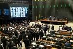 Pragmatismo domina busca de alianças na disputa pelo comando da Câmara