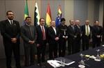 Em Brasília, Taques discute fornecimento de gás com Evo Morales
