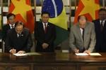 Brasil e Vietnã assinam acordos em aviação e agricultura