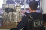PRF apreende maconha e cocaína durante fiscalizações