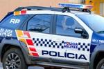 Homem é preso após mostra pênis para mulheres perto de shopping