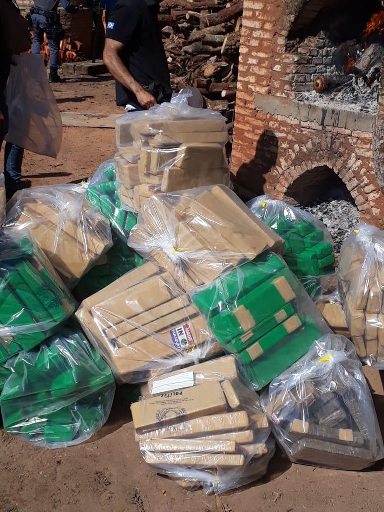 Drogas incineradas nessa quinta-feira (5). (Foto: divulgação PJC/MT)