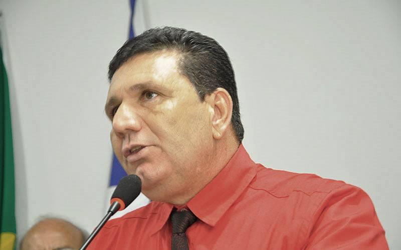 Juvenal Pereira Brito, o Ná, prefeito de Pedra Preta. Foto: Reprodução