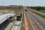 Mais de 1,5 mil veículos com excesso de carga são flagrados na BR-163