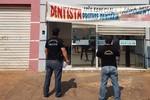 Auxiliar de protético que atuava ilegalmente como dentista é detido