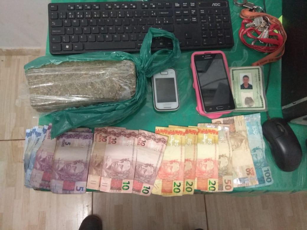 Materiais apreendidos pela polícia com os suspeitos. (Foto: divulgação PM/MT)