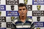 Jovem com mandado de prisão é preso pela PM no Rui Barbosa