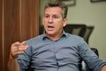 Mauro Mendes não segue governadores em carta contra decreto de armas de Bolsonaro