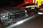 Idoso é flagrado com pela PRF com caminhonete roubada
