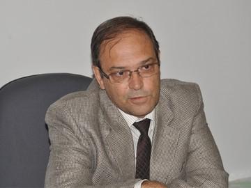 Posse ocorreu minutos depois de anúncio do juiz Luiz Antônio Sari (Foto: Marcos Magalhães)